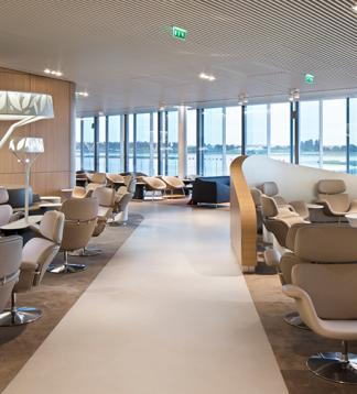 Charles de Gaulle airport lounge